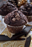 Trefaldiga chokladmuffin Royaltyfria Bilder