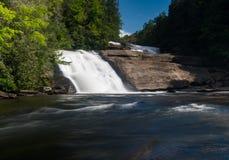 Trefaldiga nedgångar i det Du Pont tillståndet Forest North Carolina Arkivbilder