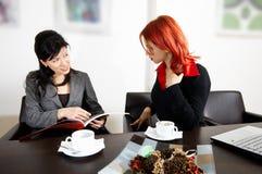 Treffen im Büro Stockbilder