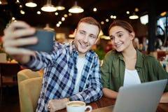 Treffen von besten Freunden Lizenzfreies Stockfoto