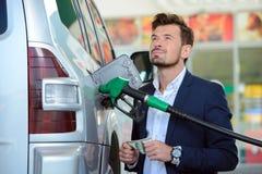 TreibstoffTankstelle Lizenzfreie Stockfotos