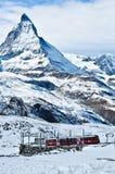 Trein aan Matterhorn Stock Foto's