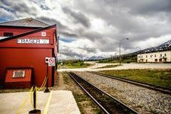 trein het wating voor passagiers bij de treinsta van fraser Britse Colombia stock foto