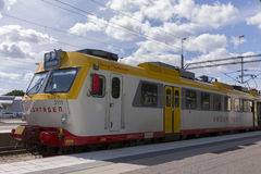 Trein, modelx11 in het Centrale Station van Kalmar in Zweden Stock Foto