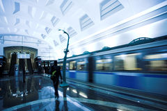 Trein op ondergrondse post Royalty-vrije Stock Foto