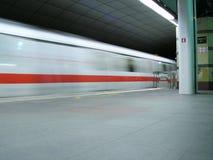 Trein vaag door snelheid Stock Foto