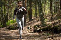 Treinamento desportivo da mulher Fotografia de Stock Royalty Free