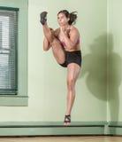 Treinamento determinado da mulher Fotografia de Stock