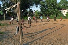 Treinamento do clube do futebol no Suriname fotografia de stock