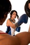Treinamento fêmea do pugilista Fotografia de Stock Royalty Free