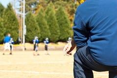 Treinando o futebol da liga júnior Imagem de Stock
