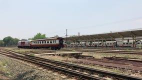 Treine a rota Banguecoque e Chiangmai em Chiangmai Statio Railway, filme
