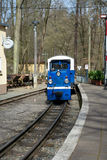 Treinlocomotief van de spoorweg van kinderen in Dierentuin, Gera, Duitsland Royalty-vrije Stock Fotografie