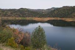 Trek Pedro Lake aan Stock Foto
