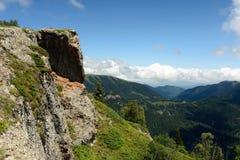 Treking f?r Lesser Caucasus royaltyfria foton