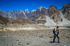 Trekker in Karakorum Royalty Free Stock Photos