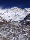 Trekking al campo base di Annapurna L'Himalaya, Nepal fotografia stock libera da diritti