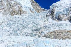 Trekking ao acampamento base de Everest em Nepal fotos de stock