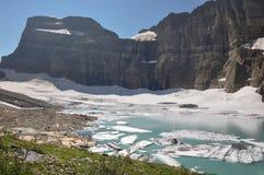 Trekking dans la traînée de lac Grinnel, parc national de glacier, Montana, photo libre de droits