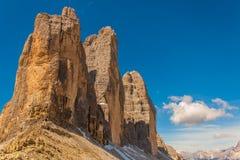 Trekking in de Italiaanse Alpen rond de Drie Pieken Stock Foto's