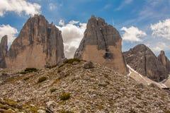 Trekking in de Italiaanse Alpen rond de Drie Pieken Royalty-vrije Stock Afbeeldingen