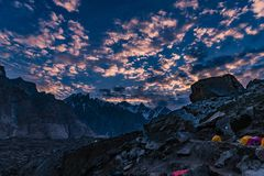 Trekking del Pakistan Karakoram K2 immagini stock