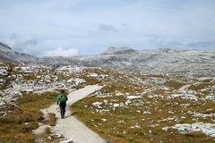 Trekking in Dolomiet, Italië stock foto