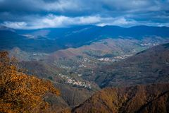Free Trekking From Pontito To Penna Di Lucchio, Lucca - Tuscany Stock Photos - 165240503