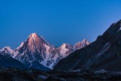 Trekking Gasherbrum Pakistans Karakoram K2 lizenzfreies stockfoto