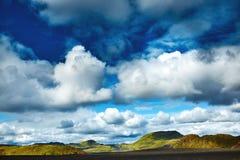 Trekking in Island lizenzfreies stockbild