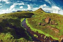 Trekking in Island lizenzfreie stockfotografie