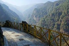 Trekking in montagne di Cangshan, Dali, provincia di Yunnan, Cina immagini stock