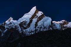Trekking Pakistans Karakoram K2 lizenzfreie stockfotografie