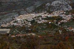 Trekking Parco Nazionale D'Abruzzo Royaltyfri Foto