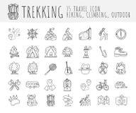 Trekking resande symbolssamling som fotvandrar symboler för handattraktiontecknad film Caravaning klotterillustration för campa o royaltyfri illustrationer