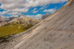 Trekking rond de Drie Pieken, Italiaanse Alpen Royalty-vrije Stock Afbeelding