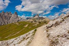 Trekking rond de Drie Pieken, Italiaanse Alpen Stock Fotografie