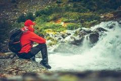 Trekking scenico delle cascate immagini stock libere da diritti