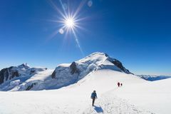 Trekking to the top of Mont Blanc mountain in French Alps stock images