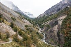 Trekking Torres del Paine Valley στη Χιλή Στοκ Εικόνες