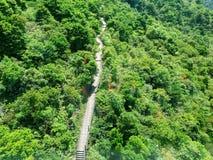 Trekkingsweg aan Lan Tau Island Hon Kong stock foto