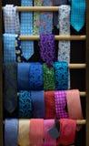 Trekstangmeubilair met verschillende banden en verschillende kleuren stock afbeelding