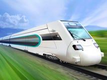 Trem aerodinâmico super no trilho Imagens de Stock Royalty Free