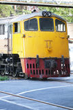 Trem amarelo do motor diesel Imagens de Stock Royalty Free