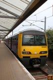 Trem bonde da classe 321, Bradford Forster Square foto de stock royalty free