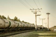 Trem com mover-se dos tanques de óleo Imagem de Stock Royalty Free