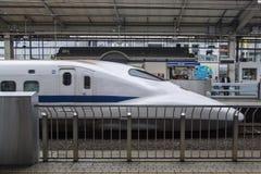Trem da velocidade de Shinkansen Foto de Stock