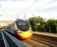 Trem de alta velocidade em Inglaterra imagens de stock royalty free