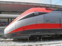 Trem de alta velocidade de Frecciarossa Imagens de Stock