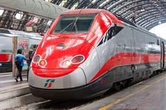 Trem de alta velocidade moderno na estação Imagens de Stock Royalty Free
